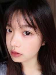 不同年齡用不同眼霜:AHC適合年輕肌膚,蘭蔻適合熟齡肌膚,你呢