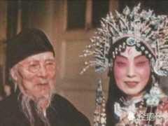 """齊白石因美貌初識新鳳霞,結下""""父女之情"""",兩個人存在真友誼嗎?"""
