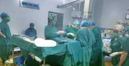 醫生切開囊腫後,患者迅速休克,醫生提醒:只因他平時有這個不良習慣