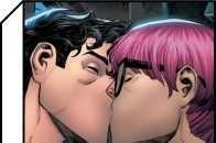 超人以雙性戀身份出現;微信語音自動播放朋友圈致社死