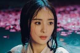 女星素顏:吳莫愁不化妝變美,楊冪變路人,她有點嚇人!